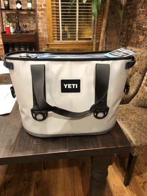 YETI Hopper 20 Cooler (Brand New) for Sale in Washington, DC