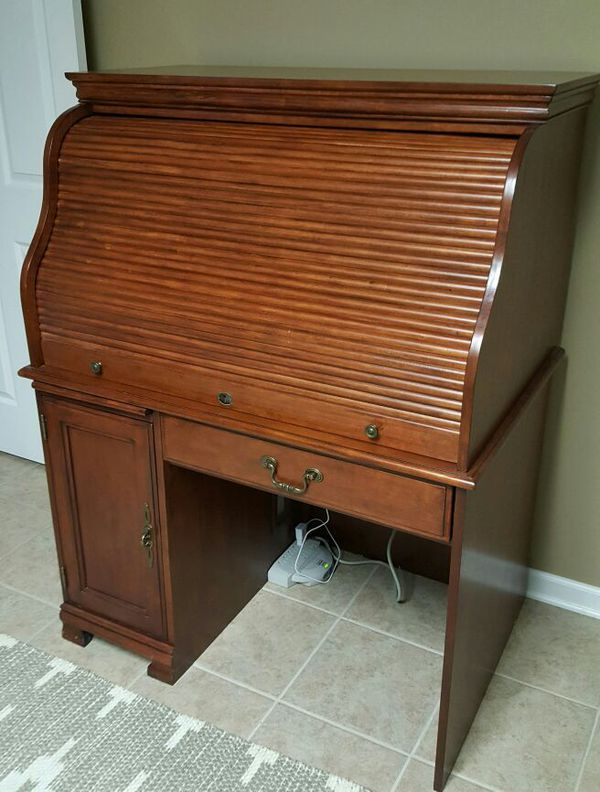 Ashley Furniture Roll Top Desk For Sale In Colonial