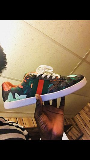 Authentic Gucci Shoes for Sale in Germantown, MD
