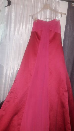 Sexy, strapless A-line satin David's Bridal bridesmaid dress! for Sale in Silver Spring, MD