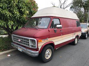 40f4957ea7 Chevrolet Chevy Van E250 Camper Van for Sale in Orange