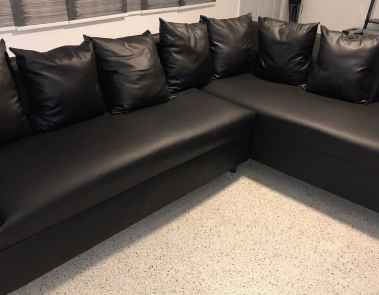 SECTIONAL BRAND NEW!
