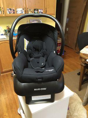 Photo Maxi Cosi Mico 30 Infant car seat with base