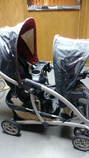 Stroller for Sale in Redford Charter Township, MI