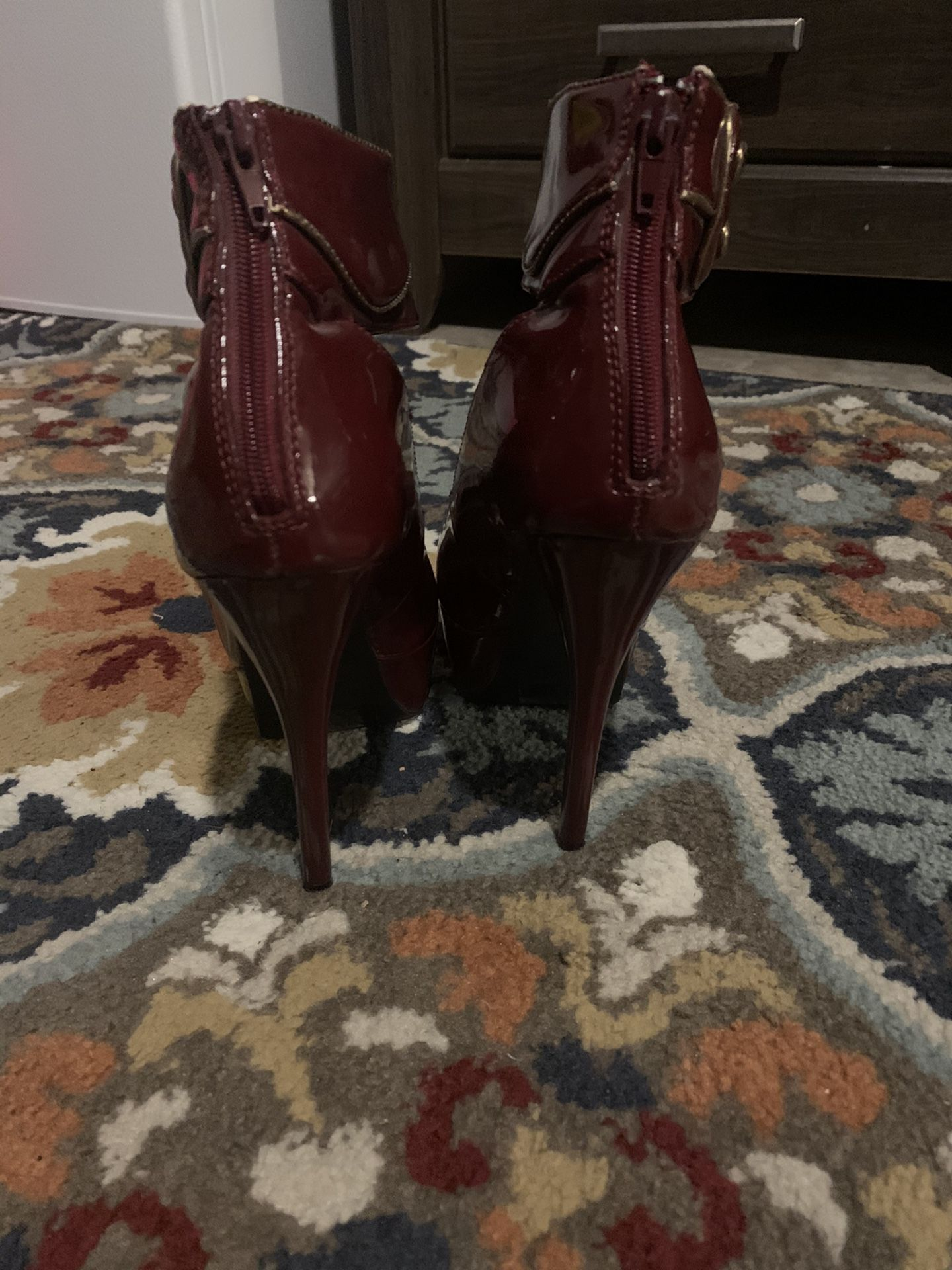 Charlotte Russe burgundy size 6 heels