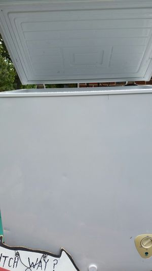 Chest freezer for Sale in Annandale, VA