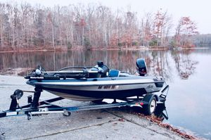 93' Astro Bass Boat/ 2003 50 hp Mercury Outboard for Sale in West Springfield, VA