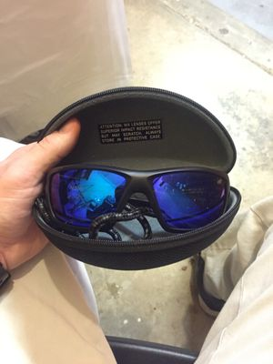 5d0d10304c1 Wiley x sunglasses like new! for Sale in Simpsonville