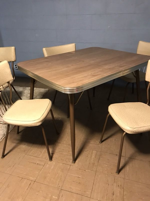 vintage formica 1960 s kitchen dining table set w 7 chairs tan
