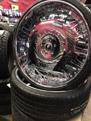 """FORGIATO 28"""" chrome 6 LUG NEW With Tires for Sale in Cleveland, OH"""
