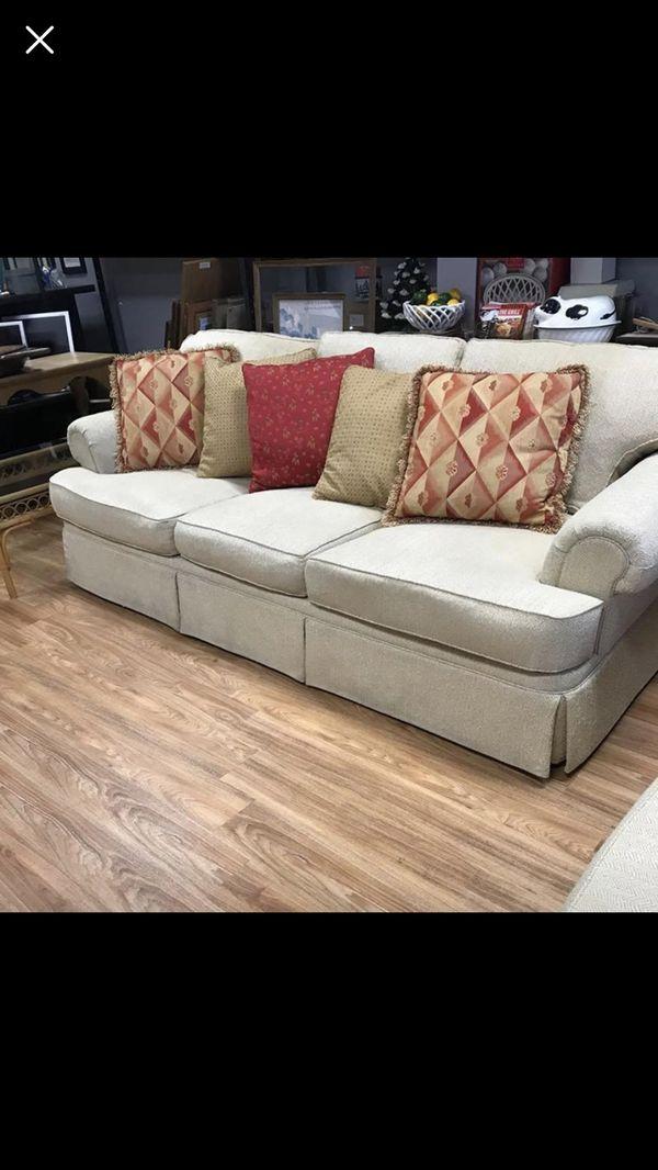 Henredon Fireside Custom Upholstered