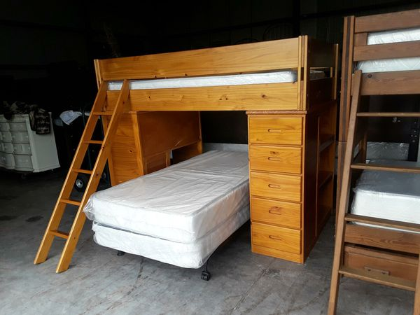Deluxe Twin Over Full Bunk Bed Furniture In Tampa Fl Offerup