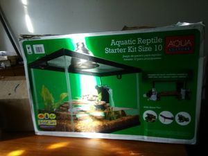 Aquatic reptile starter kit size 10 for Sale in Washington, DC