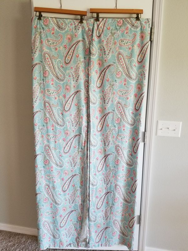 Pottery Barn shower curtain for Sale in Gibsonton, FL - OfferUp