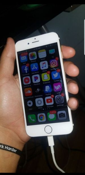 iPhone 6 UNLOCKED for Sale in Pasadena, MD
