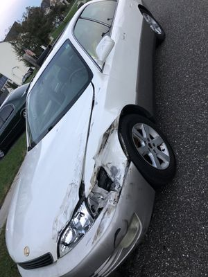 97 Lexus perfect fixer upper or for parts for Sale in Silver Spring, MD
