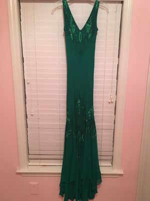 Formal dress size 4 for Sale in Nashville, TN