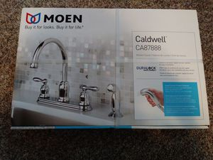 Photo Moen Chrome kitchen faucet