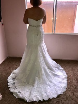 Strapless lace wedding dress for Sale in Las Vegas, NV