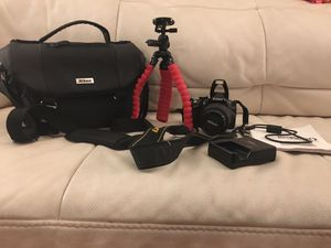 Nikon D3200 24.2 MP DSLR Camera 18-55mm Nikon Lens W/ Extras! for Sale in MONTGOMRY VLG, MD