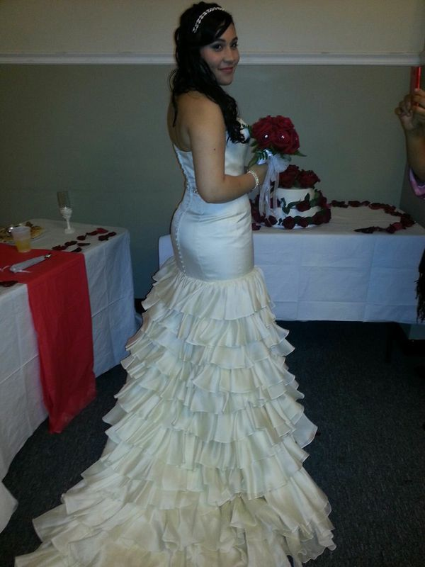 Jorge Perez Wedding Gown for Sale in Brooklyn, NY - OfferUp