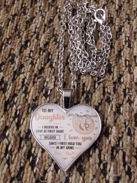 """SILVER PLATED """"TO MY DAUGHTER"""" NECKLACE. PICKUP NORTHEAST PHILLY"""