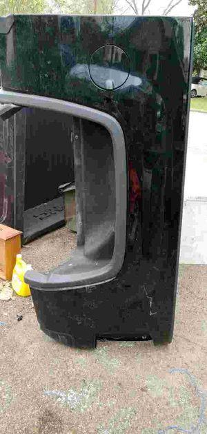 Photo Black 17 GMC Denali rear truck bed Sierra no tailgate asking 750 or best offer