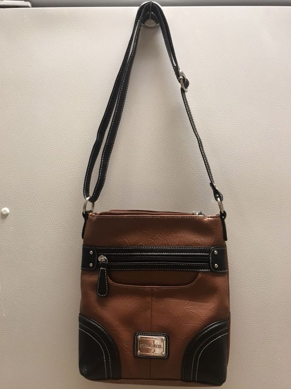 54b57bb2db Stone Mountain Purse  New for Sale in Lebanon