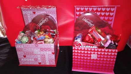 Valentine's day Baskets And Gifts Thumbnail