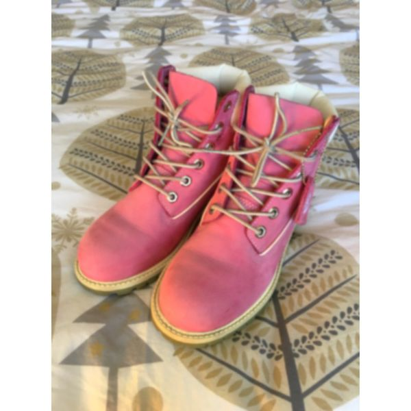 adaae4d47c1c5 Pink timberland boots -Limited Edition -water proof for Sale in ...