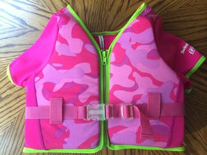 Toddler girl's swim vest for Sale in Atlanta, GA