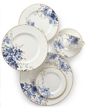 Lenox dinnerware 5 pcs set for 2 for Sale in Arlington, VA