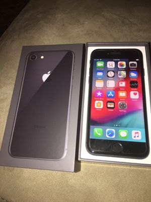 New iPhone 8 64g Ati&t for Sale in Alexandria, VA