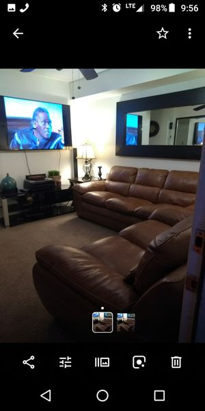 Real Genuine leather sofa set for Sale in Hyattsville, MD