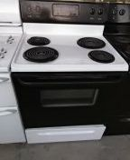 Frigidaire electric oven only $25! for Sale in San Diego, CA