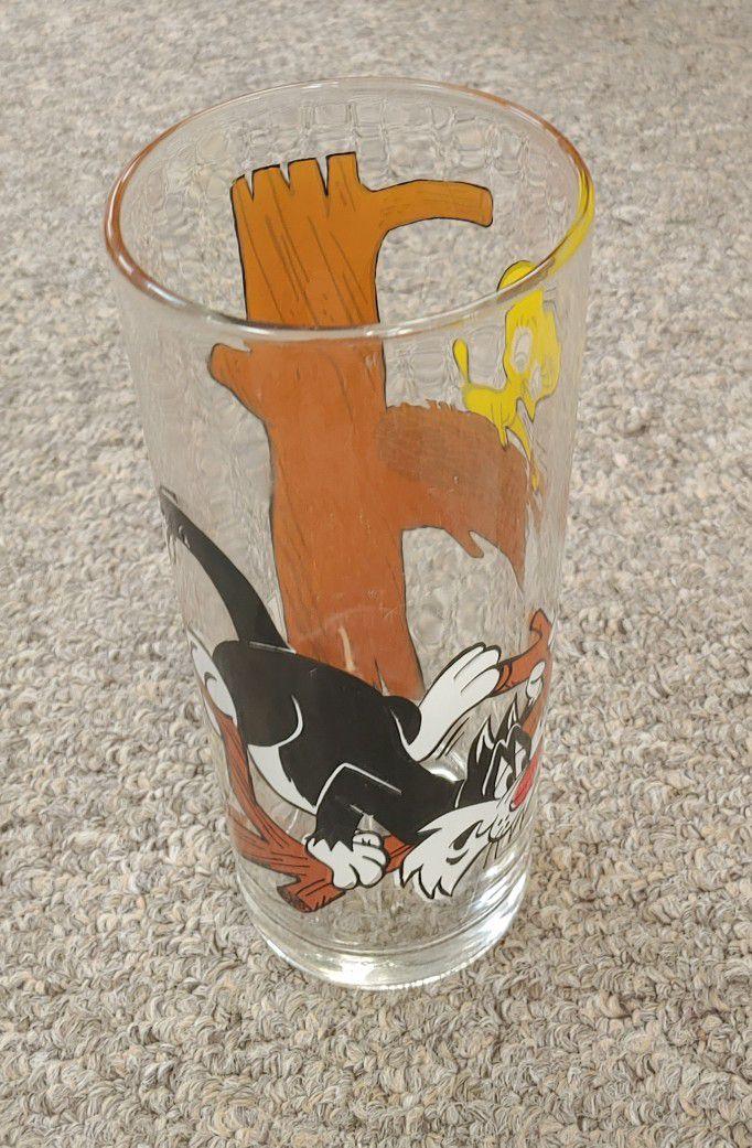 "Vintage 1973 ""Sylvester Cat And Tweetie Bird"" Pepsi Collector Glass Warner Bros Looney Tunes"