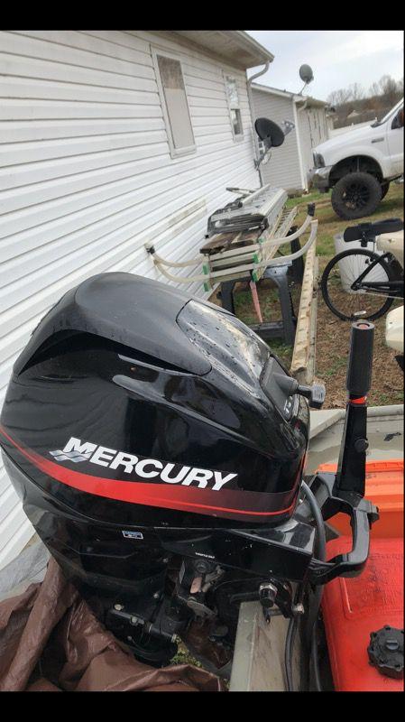 4-stroke 25hp Mercury Boat Motor for Sale in Chapel Hill, TN - OfferUp
