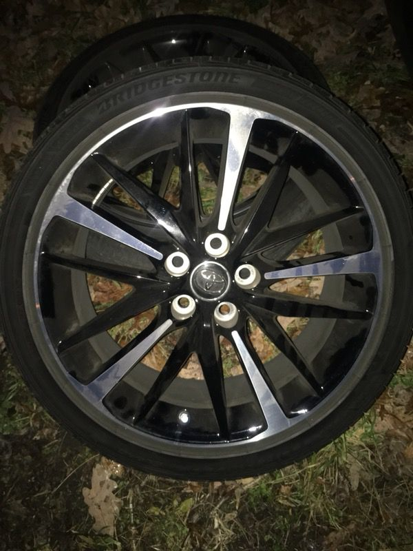 2018 Toyota Camry Sport Wheels 19 For In Suitland Silver Hill Md Offerup
