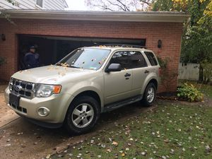 2012 Ford Escape 4WD ❄️❄️❄️❄️❄️❄️ for Sale in Fort Washington, MD