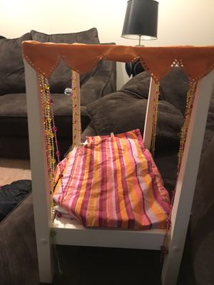 Photo American girls doll bed
