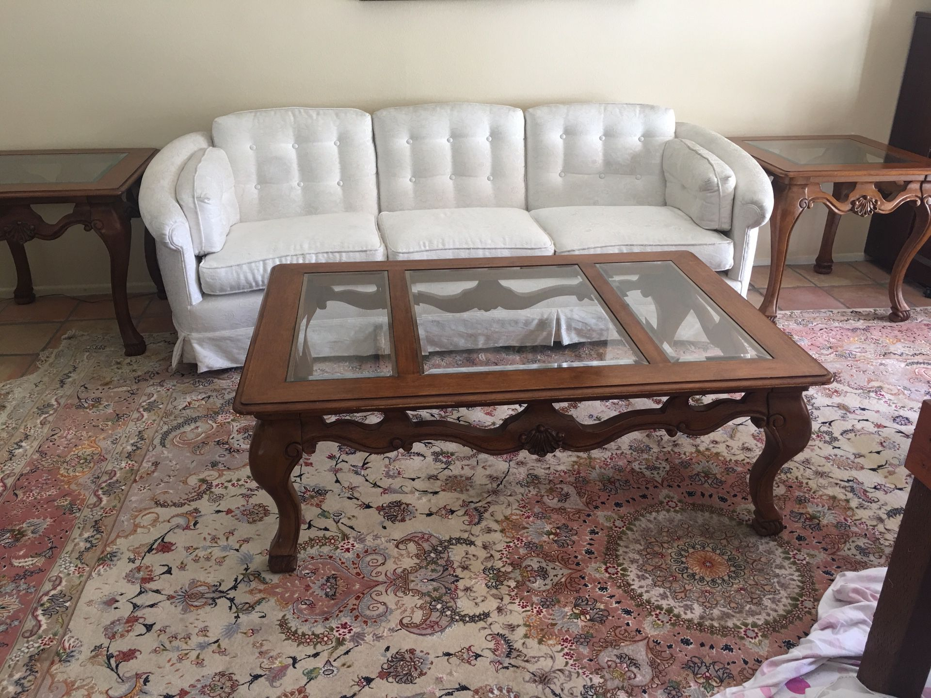 Beautiful coffee table and 2 end tables.