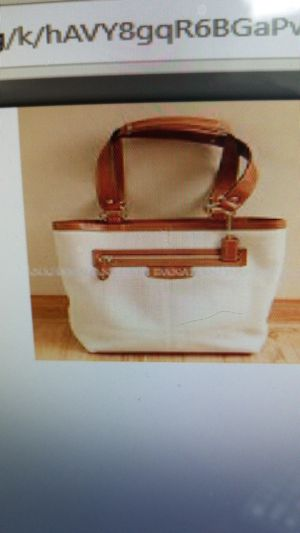 New coach large leather purse for Sale in Myrtle Beach, SC