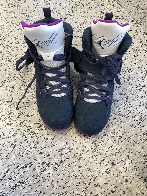 d5a53ff973f Brand new jordan shoes size 6y for Sale in San Antonio, TX - OfferUp
