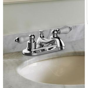 2x Lightly Used Glacier Bay Teapot 4 in. 2-Handle Low-Arc Bathroom Faucet for Sale in Rockville, MD