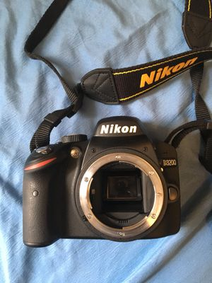 D3200 24mp Camera and Lenses (Bag Included) for Sale in Germantown, MD