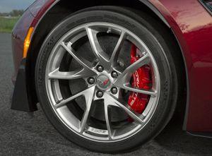 "2017 c7 Z06 corvette 20"" OEM hyper Pearl wheels for Sale in Greater Landover, MD"