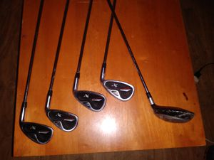 Knights XV Starter clubs 6,7,8,9 and wood for Sale in Houston, TX