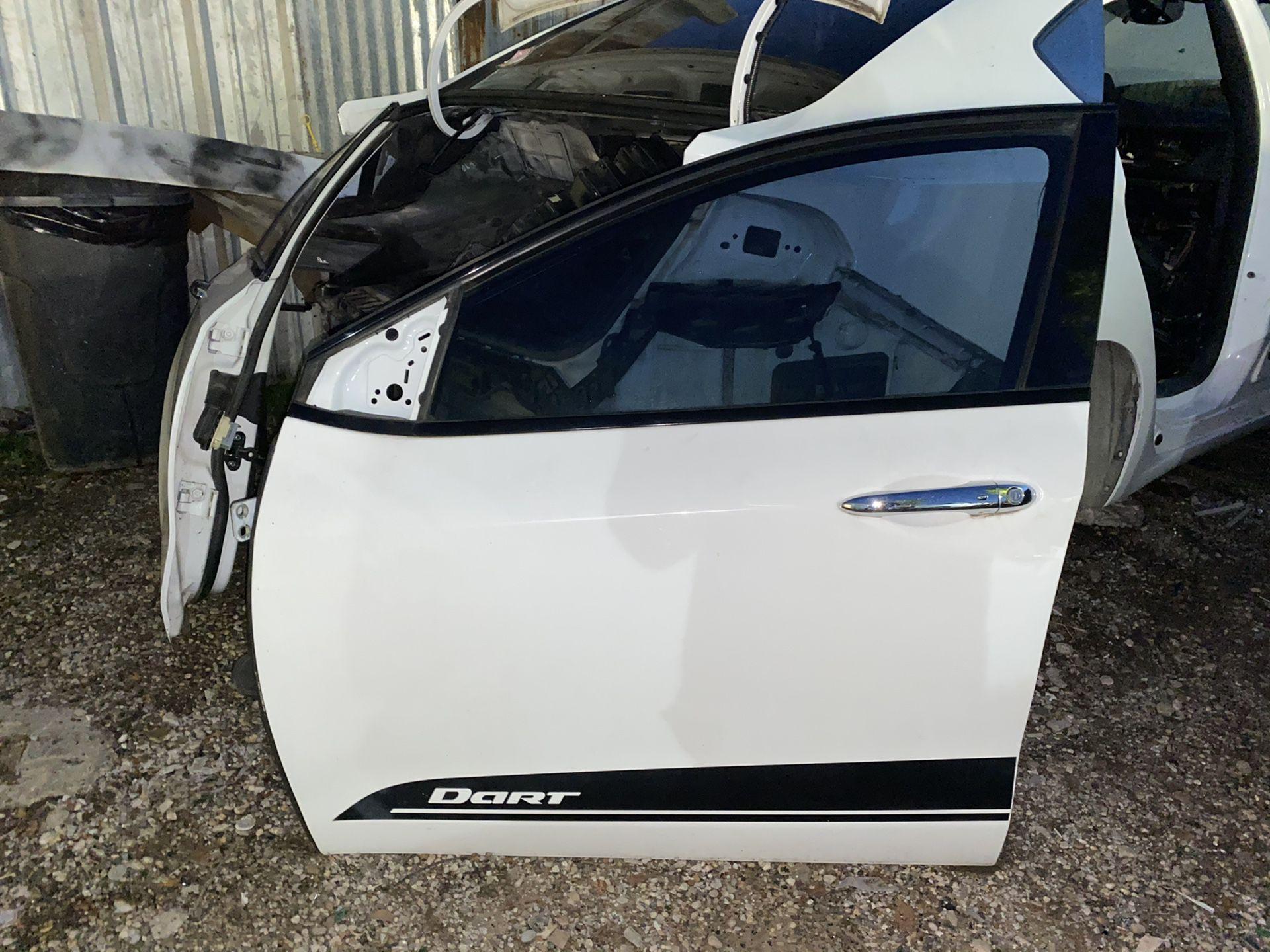 2013-2016 DODGE DART FRONT LEFT DRIVER DOOR,