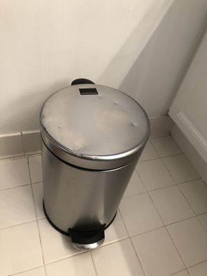 Simple human stainless steel trash can 6 liter/ 1. 58 gallon for Sale in Herndon, VA