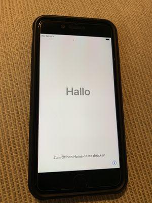 iPhone 7 Plus - 128GB UNLOCKED for Sale in Fairfax, VA